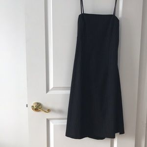 Dresses & Skirts - Dress black pinstripes